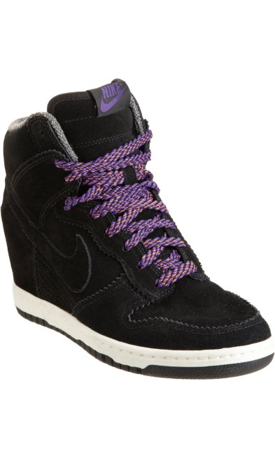 nike black wedge dunk..