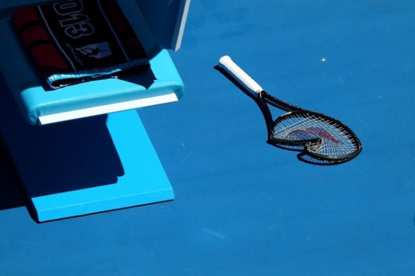 serena's broken racket